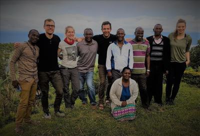 Gruppenfoto-Mtii-Projektteam 2018 und Pastor